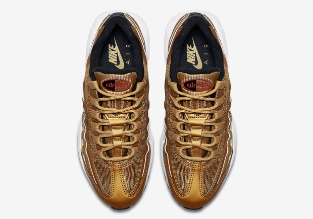 nike-air-max-95-metallic-gold-official-images-884421-700-04